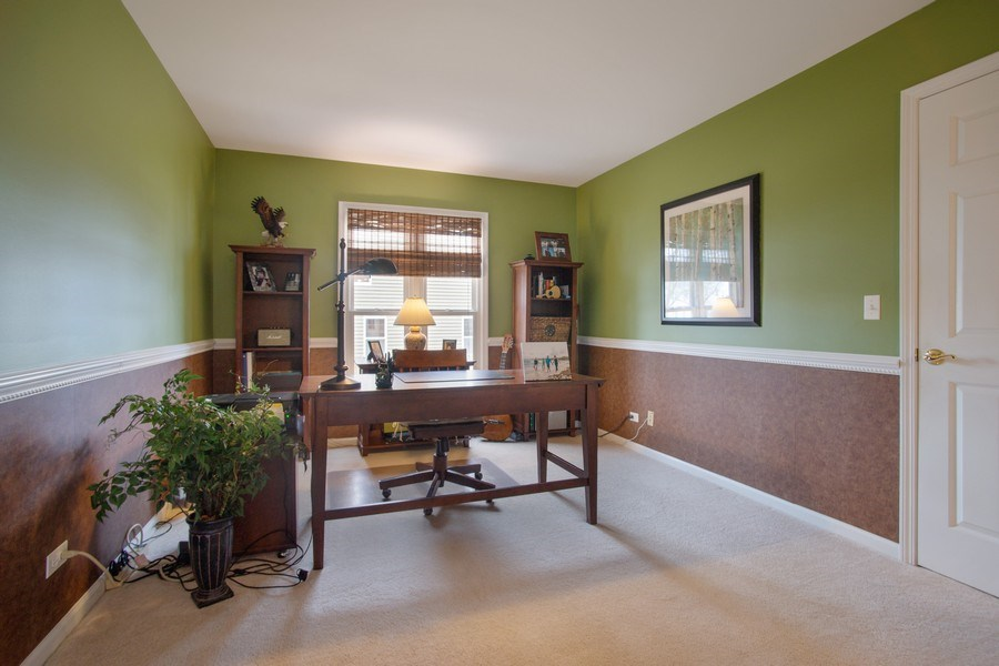 Real Estate Photography - 204 Plum Grove Circle, Arlington Heights, IL, 60004 - Office