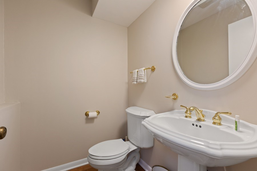 Real Estate Photography - 58 Golf Ave., Clarendon Hills, IL, 60514 - Powder Room