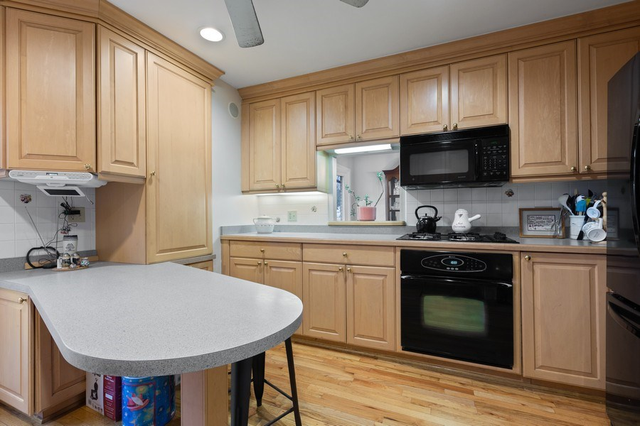 Real Estate Photography - 58 Golf Ave., Clarendon Hills, IL, 60514 - Kitchen (alternate view)