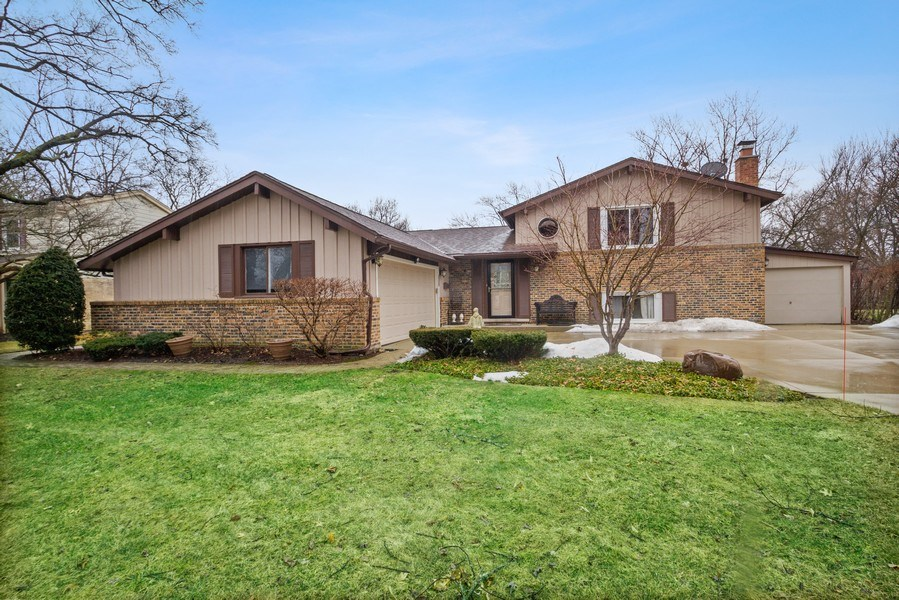 Real Estate Photography - 3117 Sandy, Glenview, IL, 60026 - Front View