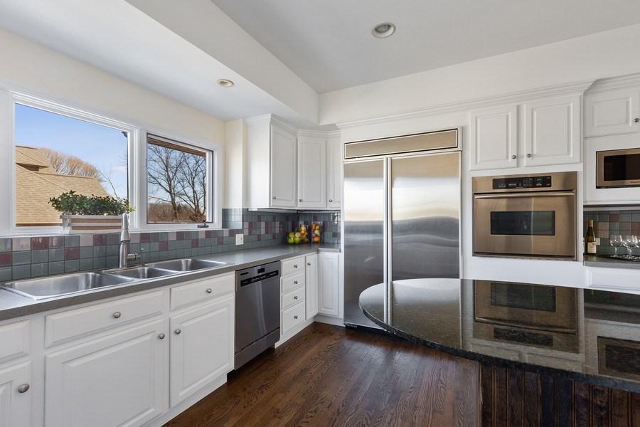 Real Estate Photography - 7726 Sugarbush Lane, Willowbrook, IL, 60527 - Kitchen