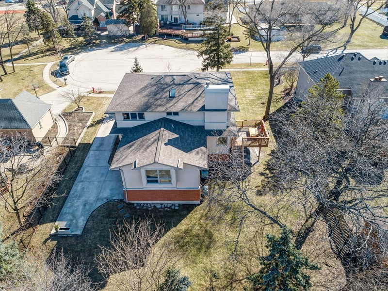 Real Estate Photography - 7726 Sugarbush Lane, Willowbrook, IL, 60527 -