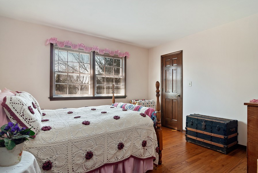 Real Estate Photography - 1302 Brush Hill Circle, Naperville, IL, 60543 - 2nd Bedroom