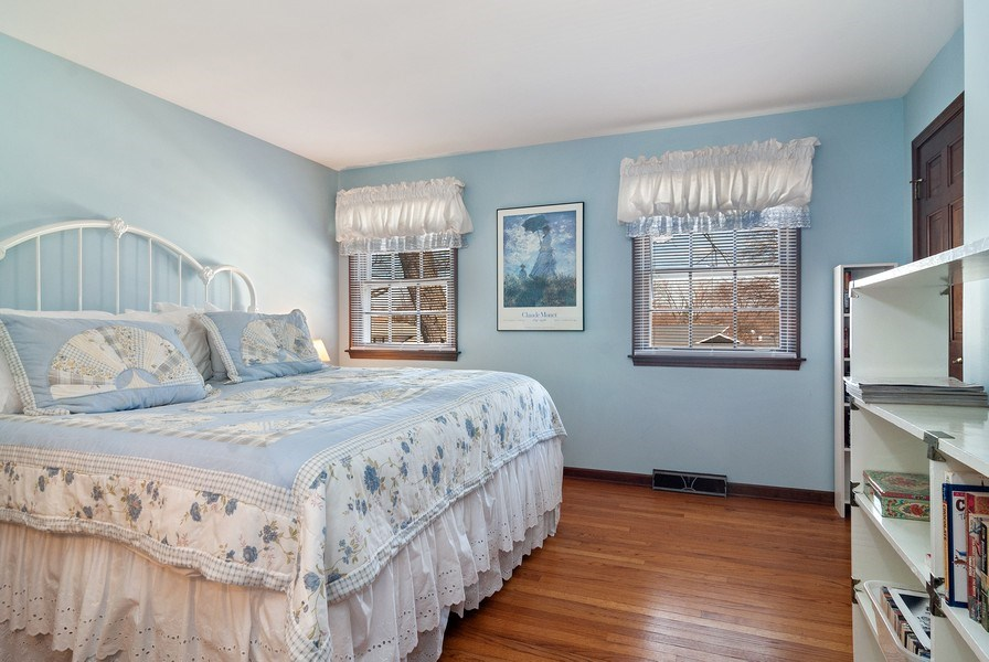 Real Estate Photography - 1302 Brush Hill Circle, Naperville, IL, 60543 - 4th Bedroom