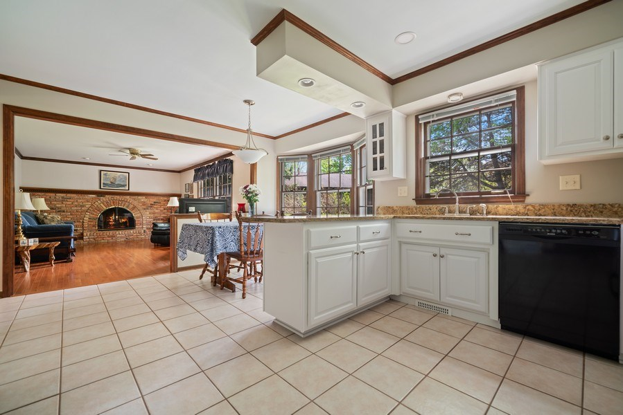 Real Estate Photography - 1302 Brush Hill Circle, Naperville, IL, 60543 - Kitchen