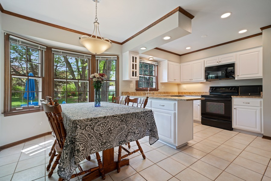Real Estate Photography - 1302 Brush Hill Circle, Naperville, IL, 60543 - Kitchen / Breakfast Room