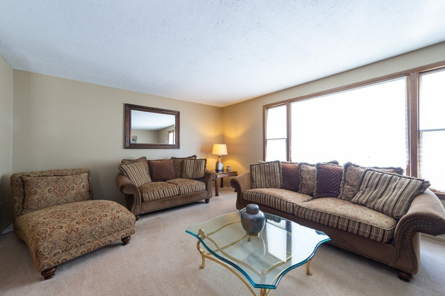 Real Estate Photography - 409 Pioneer, Addison, IL, 60101 - Living Room