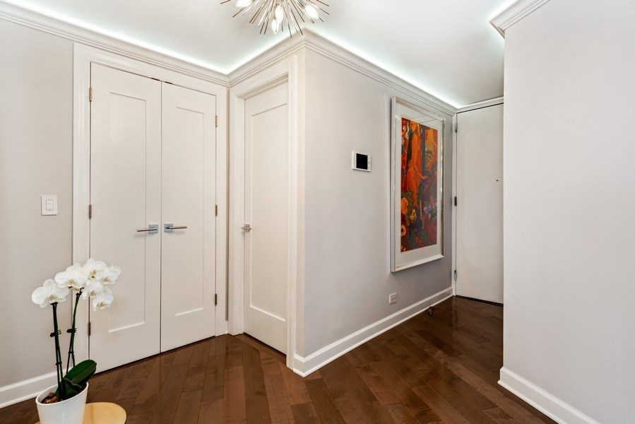 Real Estate Photography - 505 N Lake Shore Drive, Unit 5801, Chicago, IL, 60611 - Foyer