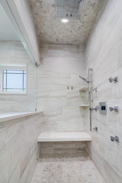 Real Estate Photography - 706 Justina, Hinsdale, IL, 60521 - Master Bathroom