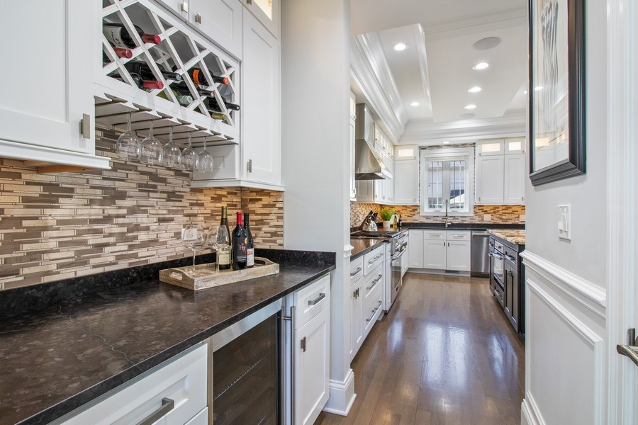 Real Estate Photography - 706 Justina, Hinsdale, IL, 60521 - Butler's pantry