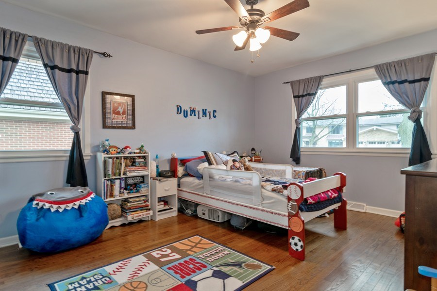 Real Estate Photography - 172 Cranston Court, Glen Ellyn, IL, 60137 - 4th Bedroom