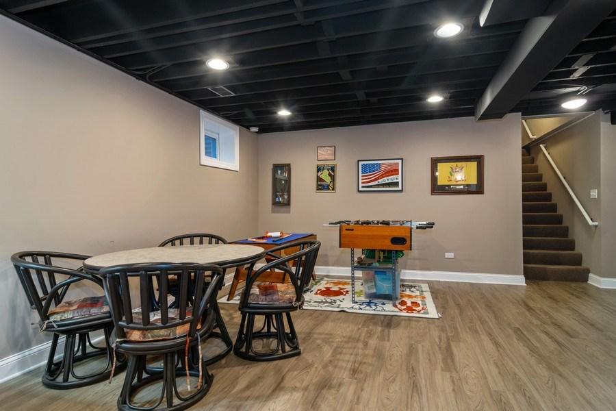 Real Estate Photography - 172 Cranston Court, Glen Ellyn, IL, 60137 - Entertainment Room