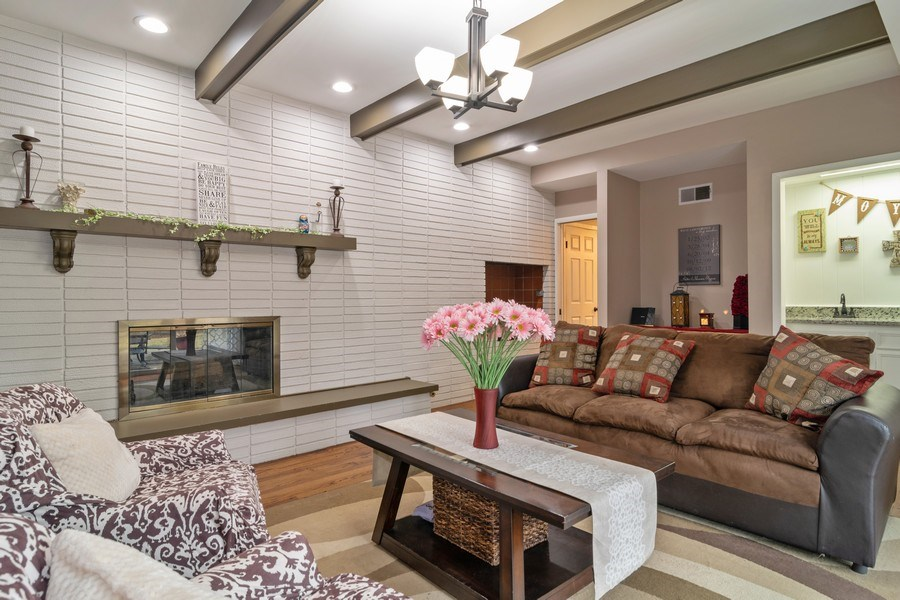 Real Estate Photography - 172 Cranston Court, Glen Ellyn, IL, 60137 - Family Room