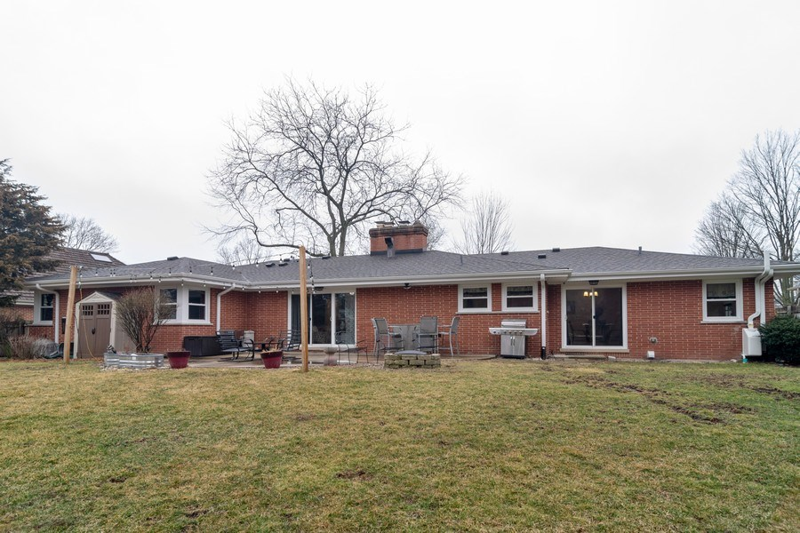 Real Estate Photography - 172 Cranston Court, Glen Ellyn, IL, 60137 - Rear View