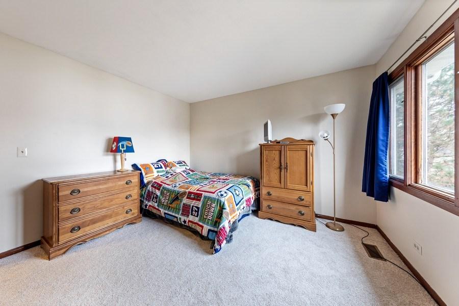 Real Estate Photography - 4980 Thornbark Dr., Hoffman Estates, IL, 60010 - 4th Bedroom