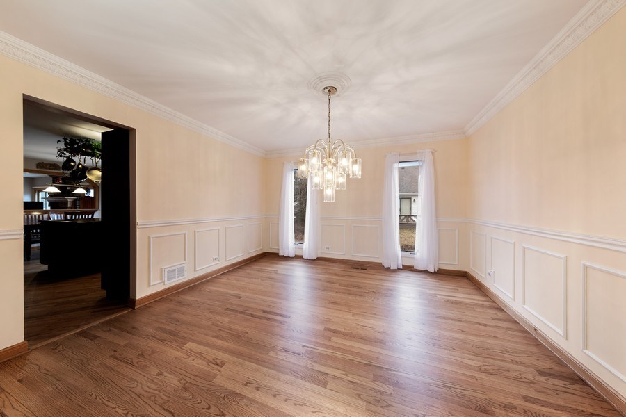 Real Estate Photography - 4980 Thornbark Dr., Hoffman Estates, IL, 60010 - Dining Room