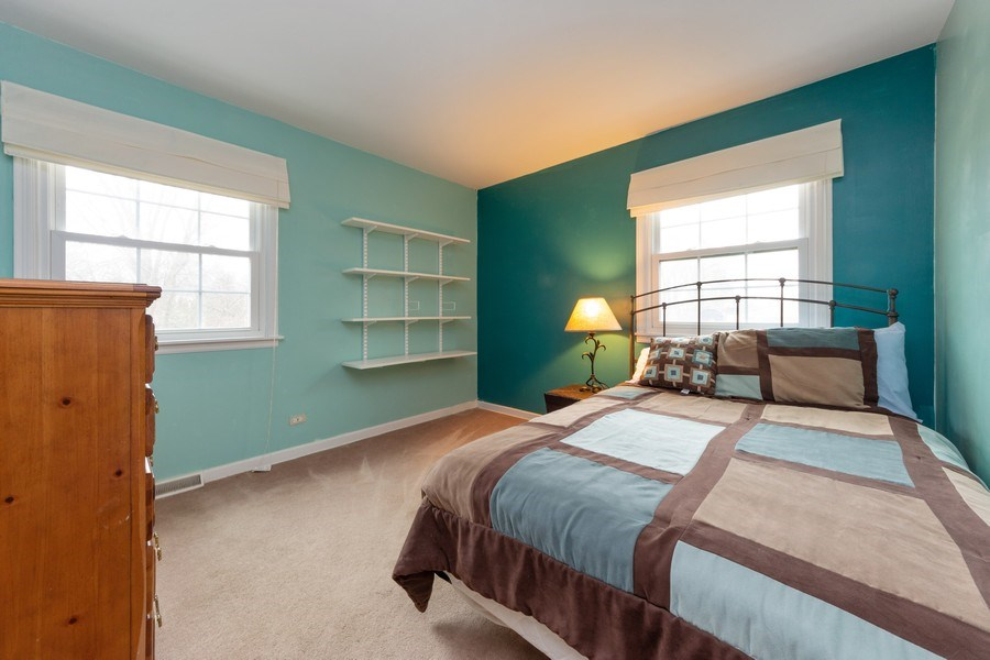 Real Estate Photography - 317 Canterbury Ln, Inverness, IL, 60010 - 2nd Bedroom
