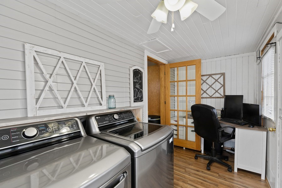 Real Estate Photography - 204 N Mill St, Aroma Park, IL, 60910 - Sunroom