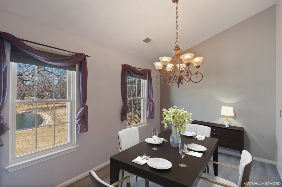 Real Estate Photography - 117B Rob Roy, Second flr, Prospect Hgts, IL, 60070 - Dining Room