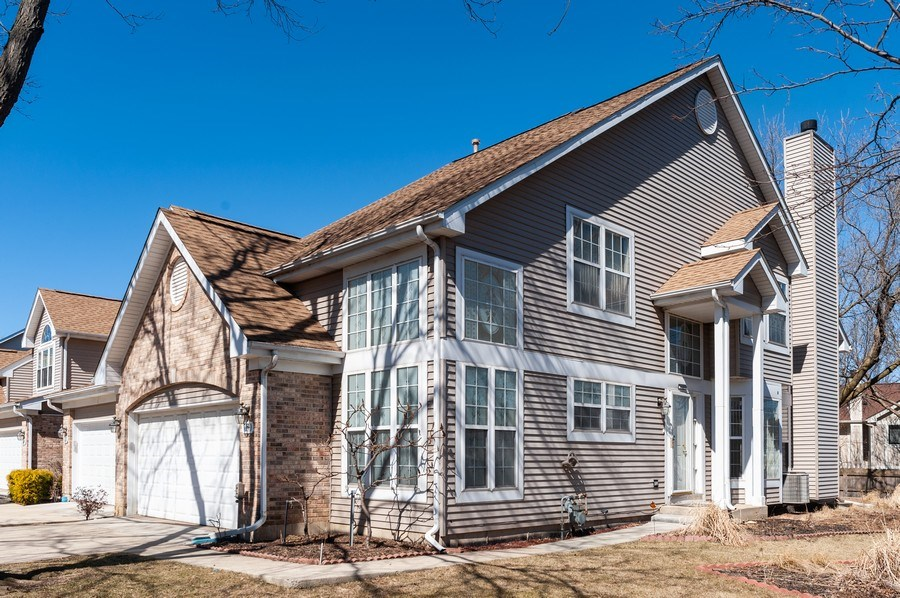 Real Estate Photography - 735 D Brookvale Drive, Wheeling, IL, 60090 - Front View