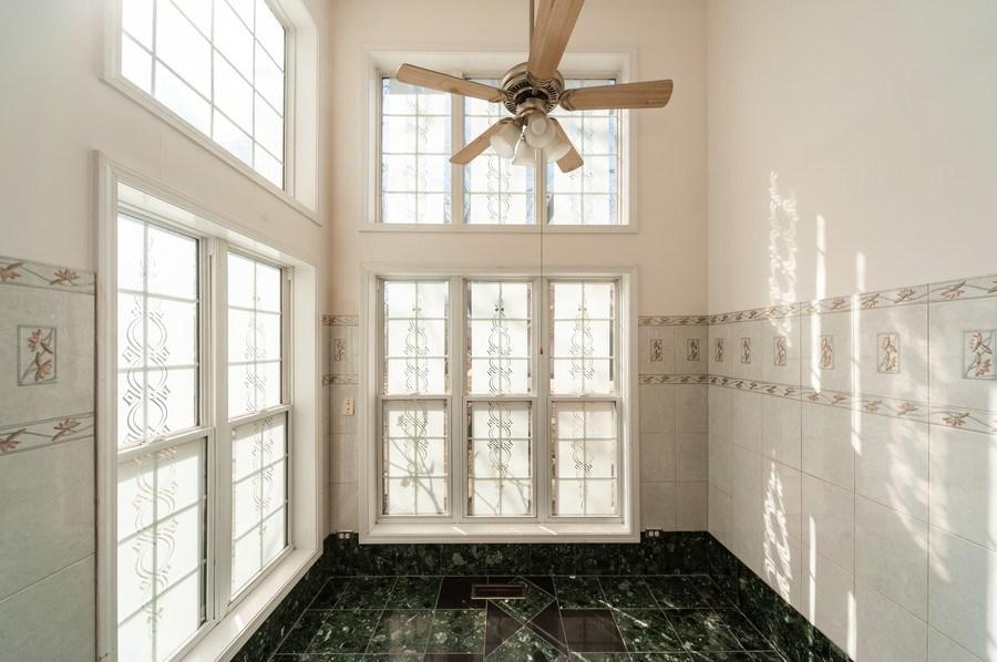 Real Estate Photography - 735 D Brookvale Drive, Wheeling, IL, 60090 - Breakfast Area