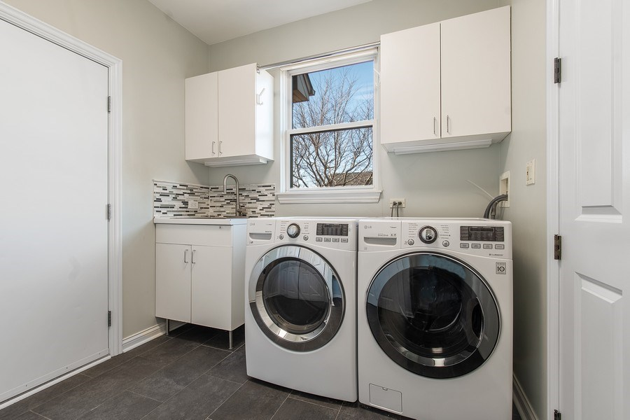 Real Estate Photography - 775 Endicott Rd, Highwood, IL, 60035 - Laundry Room