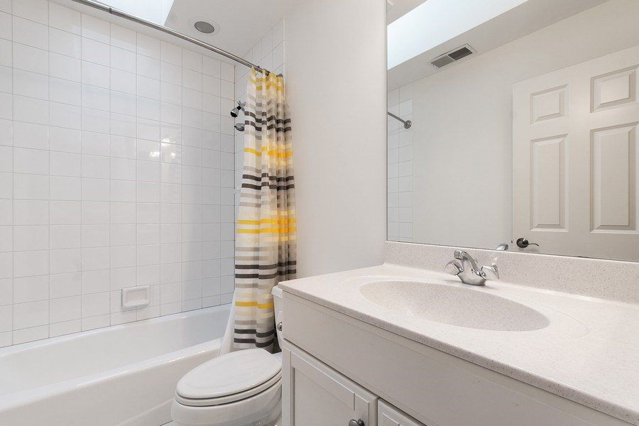 Real Estate Photography - 775 Endicott Rd, Highwood, IL, 60035 - Bathroom