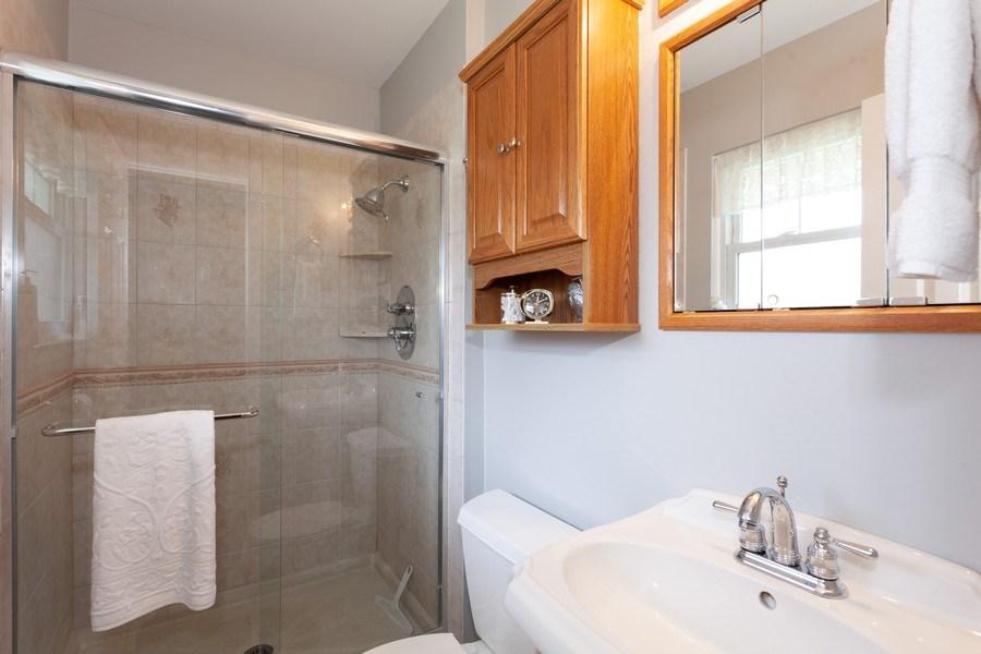 Real Estate Photography - 6418 WINSTON DRIVE, WOODRIDGE, IL, 60517 - Master Bathroom