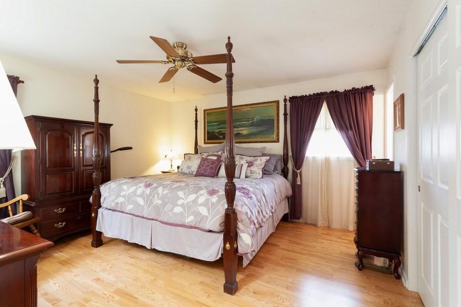 Real Estate Photography - 6418 WINSTON DRIVE, WOODRIDGE, IL, 60517 - 2nd Bedroom