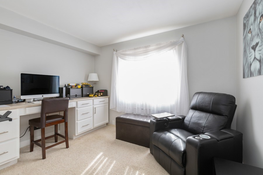 Real Estate Photography - 639 Virginia Ave #120, Crystal Lake, IL, 60014 - 2nd Bedroom