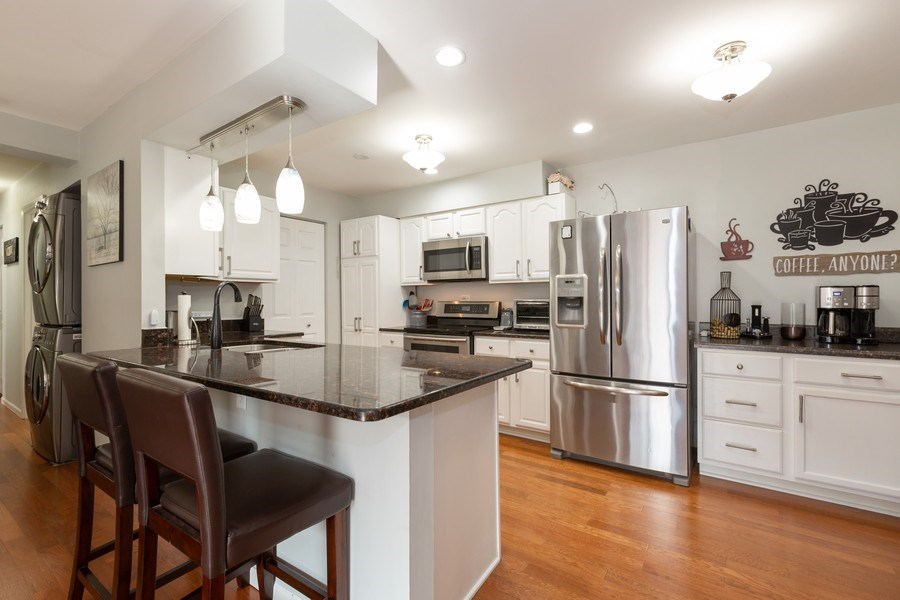Real Estate Photography - 639 Virginia Ave #120, Crystal Lake, IL, 60014 - Kitchen