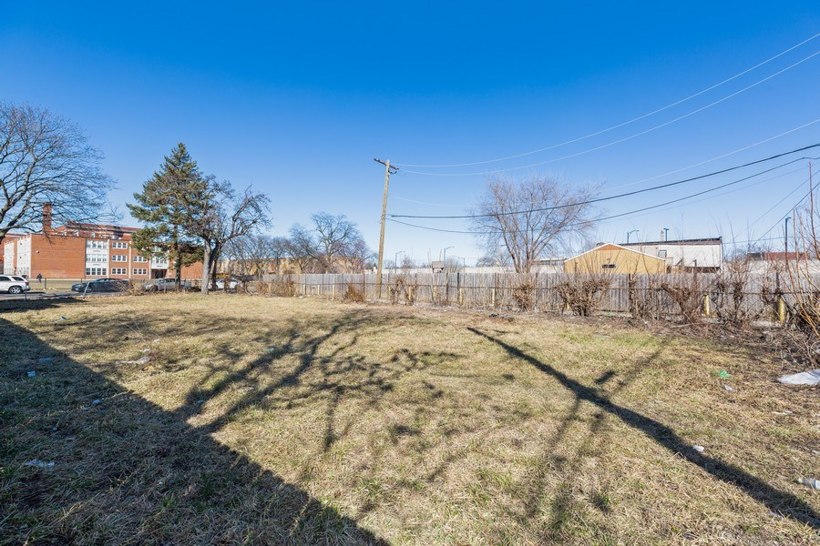Real Estate Photography - 851 W 86th St, Chicago, IL, 60620 - Rear View