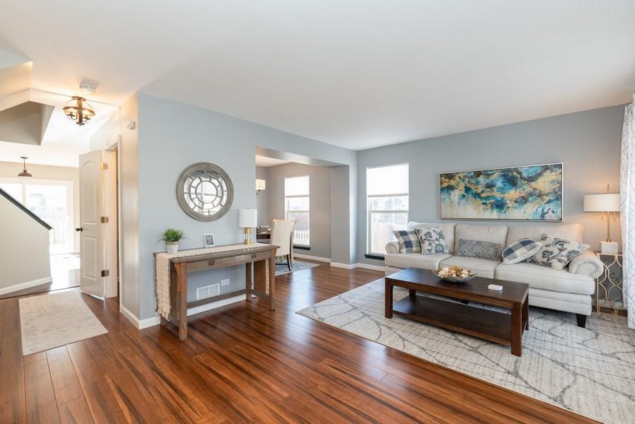 Real Estate Photography - 2405 Meadowsedge Ln, Carpentersville, IL, 60142 - Living Room