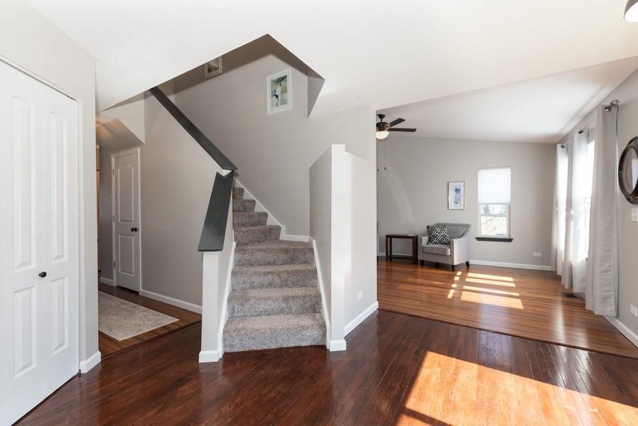 Real Estate Photography - 2405 Meadowsedge Ln, Carpentersville, IL, 60142 - Kitchen