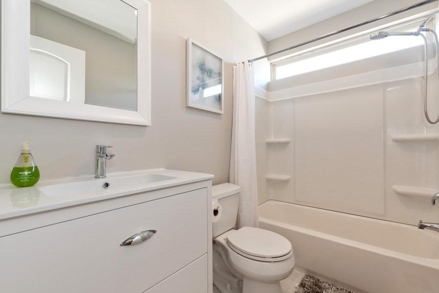 Real Estate Photography - 2405 Meadowsedge Ln, Carpentersville, IL, 60142 - Bathroom