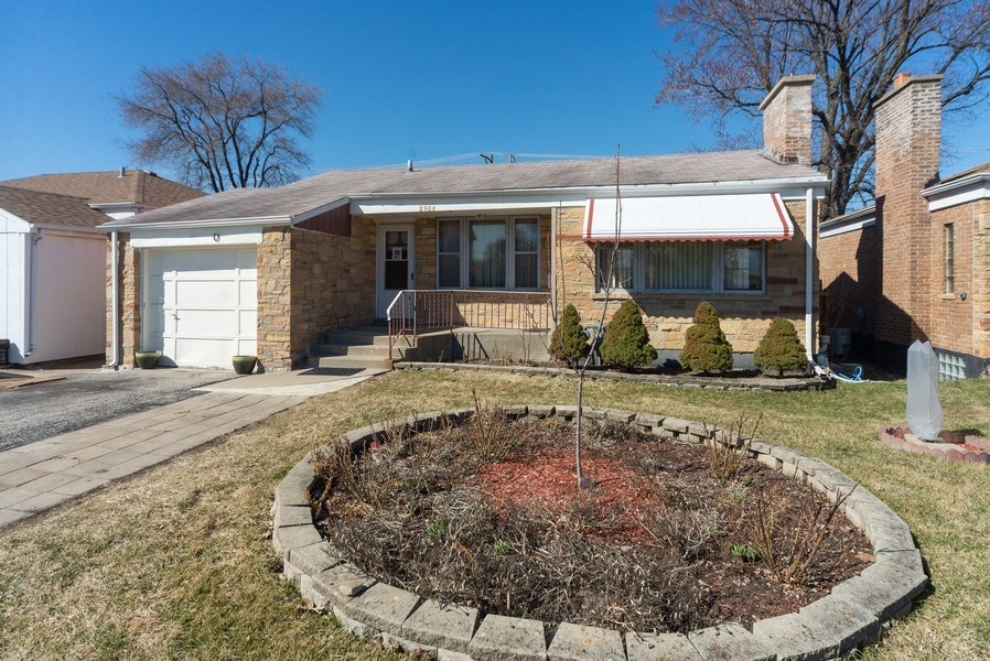 Real Estate Photography - 2924 Lincoln St, Franklin Park, IL, 60131 - Front View