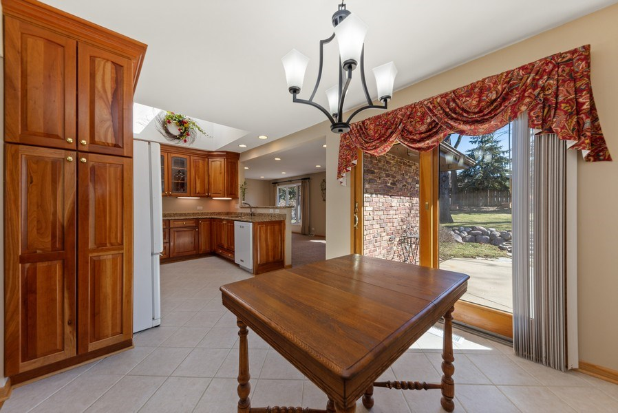 Real Estate Photography - 3811 Candlewood Ct, Downers Grove, IL, 60515 - Breakfast Room with Sliding Glass Door