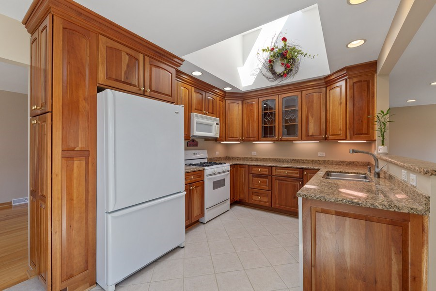 Real Estate Photography - 3811 Candlewood Ct, Downers Grove, IL, 60515 - The Kitchen with Sky Light