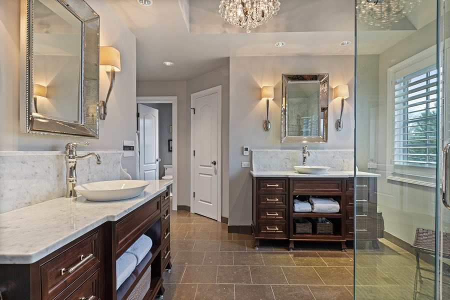 Real Estate Photography - 810 S Clay, Hinsdale, IL, 60521 - Master Bathroom