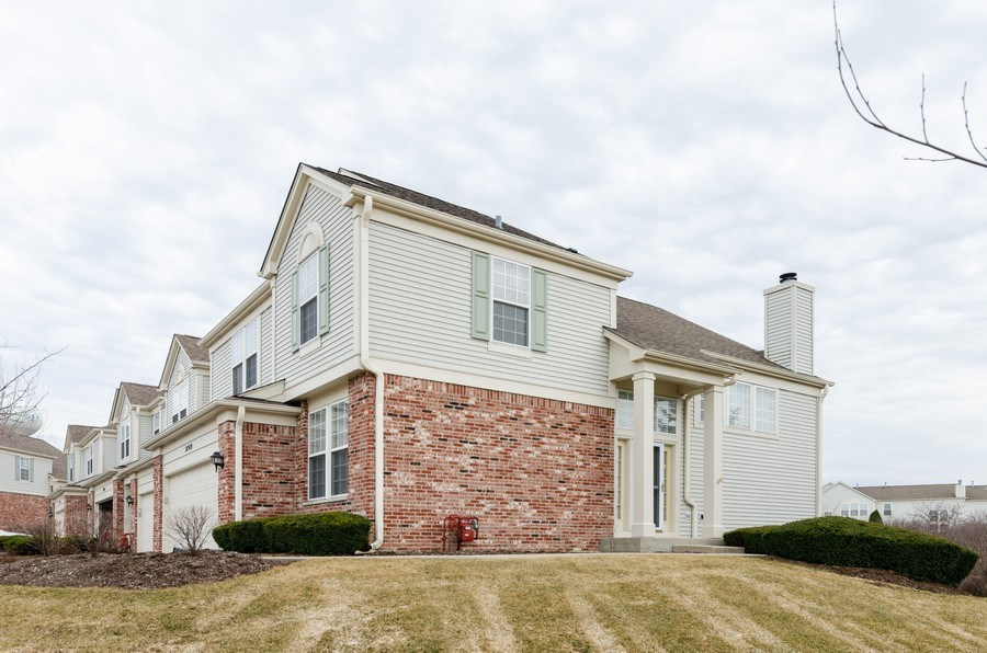 Real Estate Photography - 2749 Bayview, Algonquin, IL, 60102 - Front View