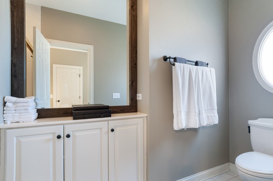 Real Estate Photography - 40w002 Lowell Place, St. Charles, IL, 60175 - Master Bathroom