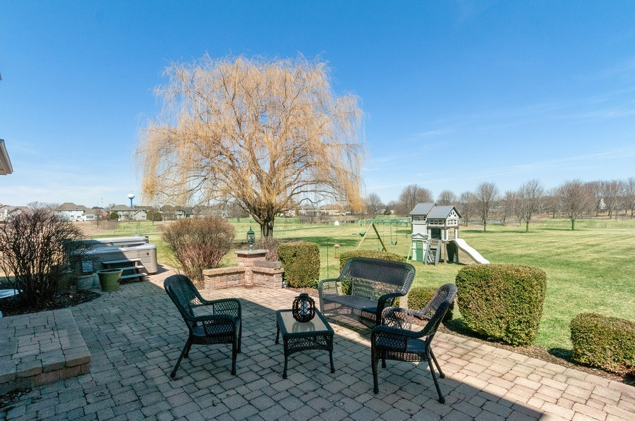 Real Estate Photography - 40w002 Lowell Place, St. Charles, IL, 60175 - Patio