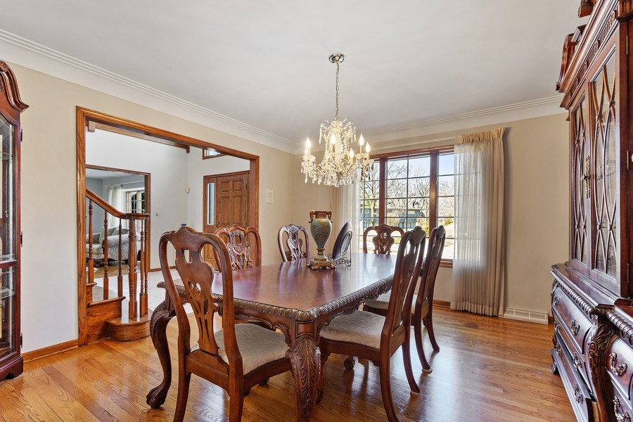Real Estate Photography - 9 Sheffield Lane, Oak Brook, IL, 60523 - Dining Room