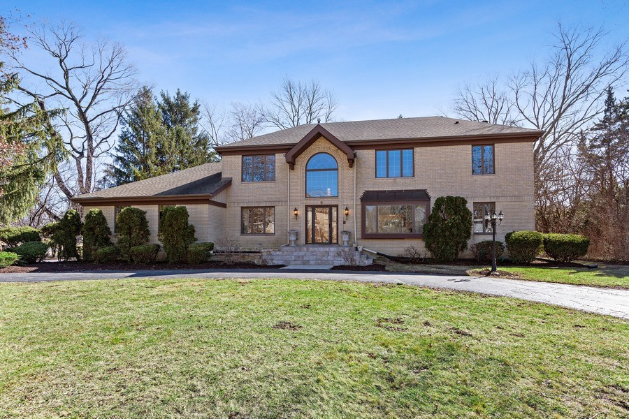 Real Estate Photography - 9 Sheffield Lane, Oak Brook, IL, 60523 - Front of Home