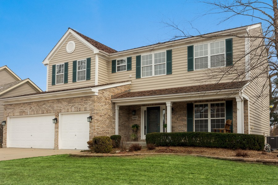 Real Estate Photography - 1257 Wellington Dr, Palatine, IL, 60067 - Front View