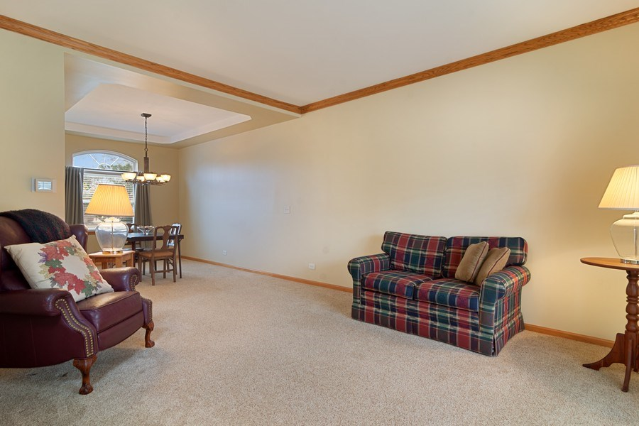 Real Estate Photography - 1257 Wellington Dr, Palatine, IL, 60067 - Living Room / Dining Room