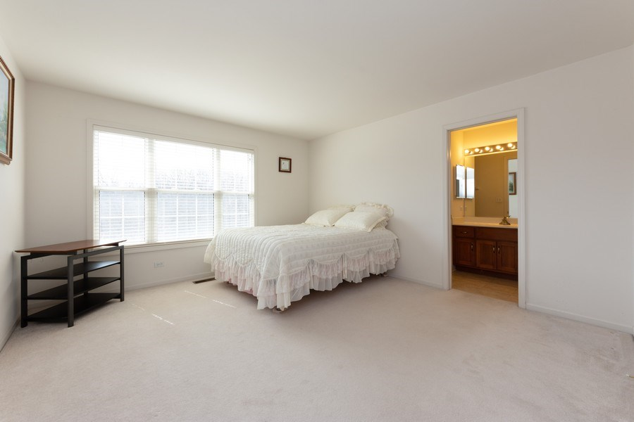 Real Estate Photography - 496 Haleys Hill Ct, Palatine, IL, 60074 - 2nd Bedroom
