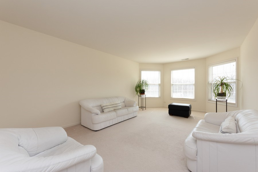 Real Estate Photography - 496 Haleys Hill Ct, Palatine, IL, 60074 - 3rd Bedroom