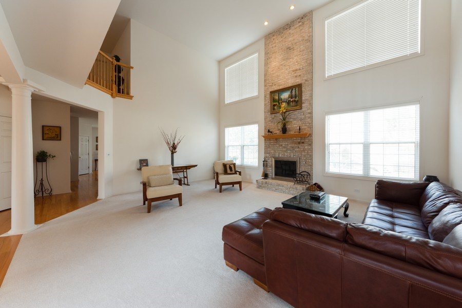 Real Estate Photography - 496 Haleys Hill Ct, Palatine, IL, 60074 - Family Room