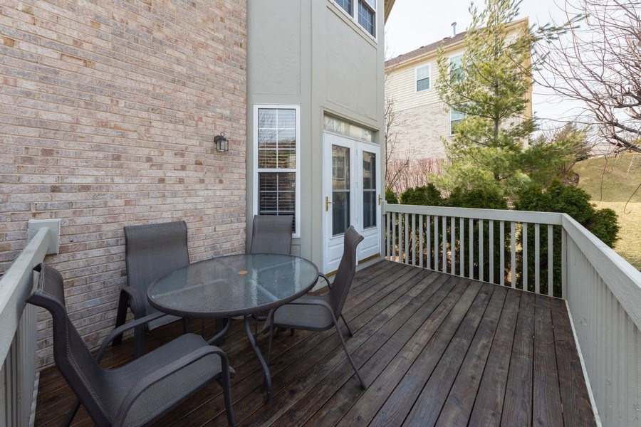 Real Estate Photography - 496 Haleys Hill Ct, Palatine, IL, 60074 - Deck